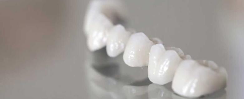 من فضلكم نحتاج توصياتكم بخصوص أطباء الأسنان
