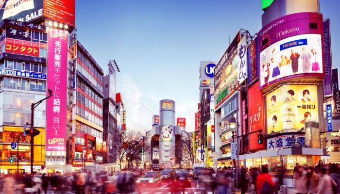 مواطن يطبق نظام السعودة في شركتة الخاصة في اليابان