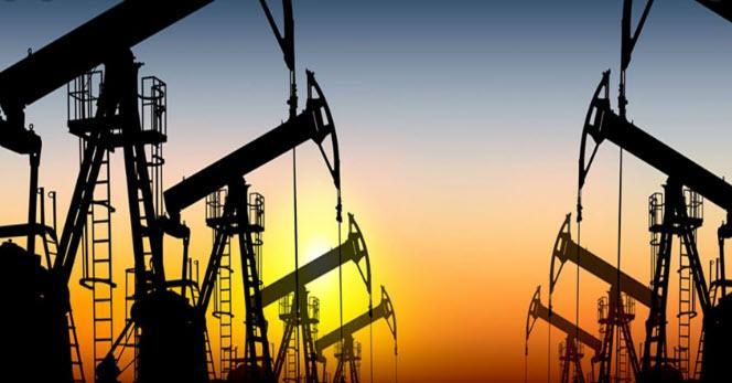 النفط نزول الان حدوود 4٪😔😔😔