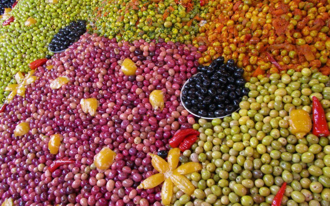 يباع الزيتون المغربي السعودية؟