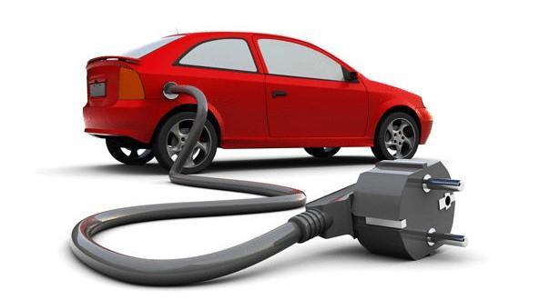 هل توجد سيارة كهربائية في السوق السعودي