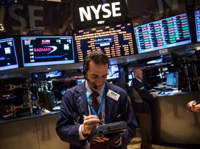 الأسهم الأمريكية تغلق على انخفاض متأثرة بصدور نتائج أعمال ضعيفة