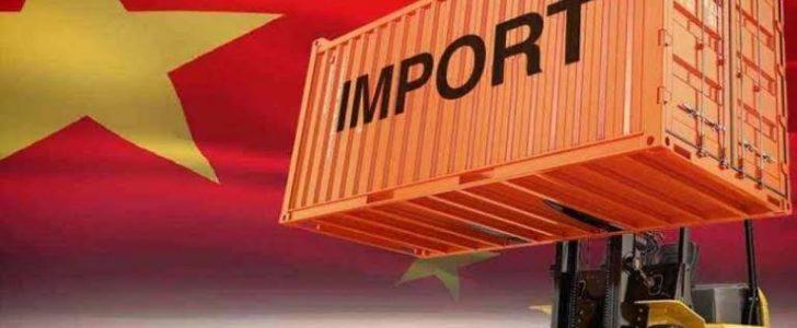 تذهب للصين. تجد جميع التجار الذين يستوردون للسعوديه اجانب  لماذا لا توطن