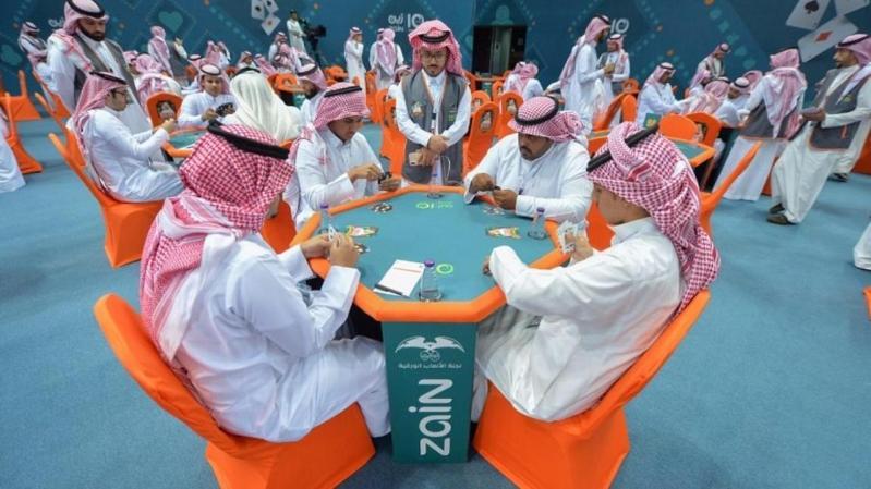 بطولة البلوت تنطلق في الرياض بـ 18 ألف مشارك  بينهم ٢٠ فريقا نسائيا،