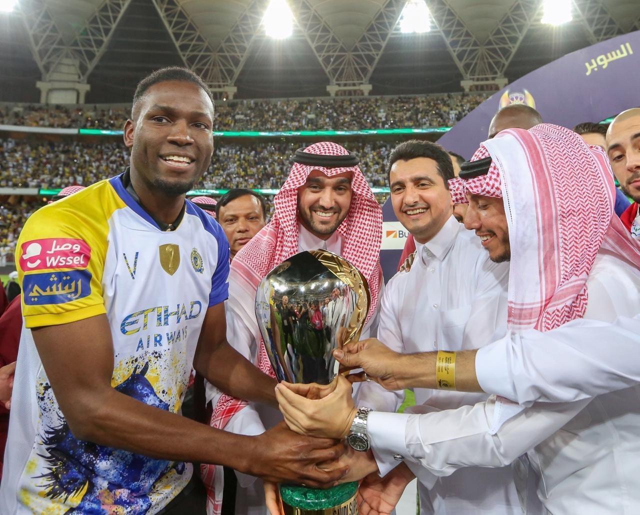 مبروووك لراعي الاوله النصر  العالمي يحقق السوبر السعودي امام نادي التعاون
