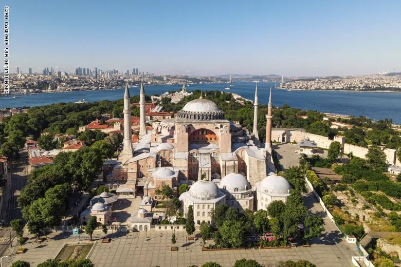رد: في قرار تاريخي ، تركيا تلغي قرار ايا صوفيا متحف وتستعد لتحويله مسجد