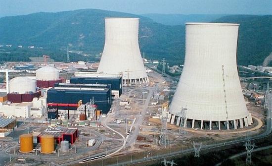رد: لماذا قصف الطيران الاسرائيلي المفاعل  النووي لعراقي  وترك مفاعل بوشهر ا